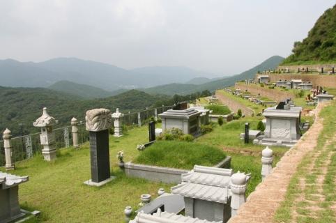 양수리 묘지 by 하늘세상